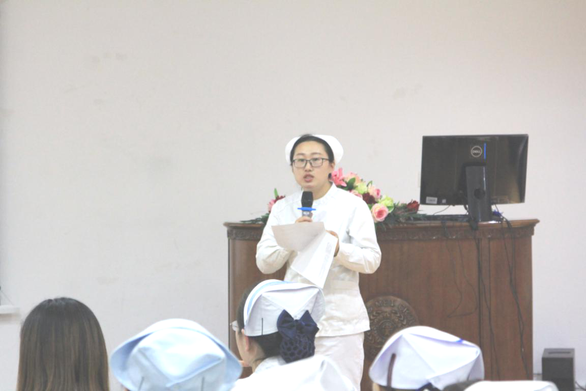肾六病区护士陈姣演讲